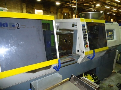 Battenfeld Injection Moulding Machine with 2040 unilog controller.